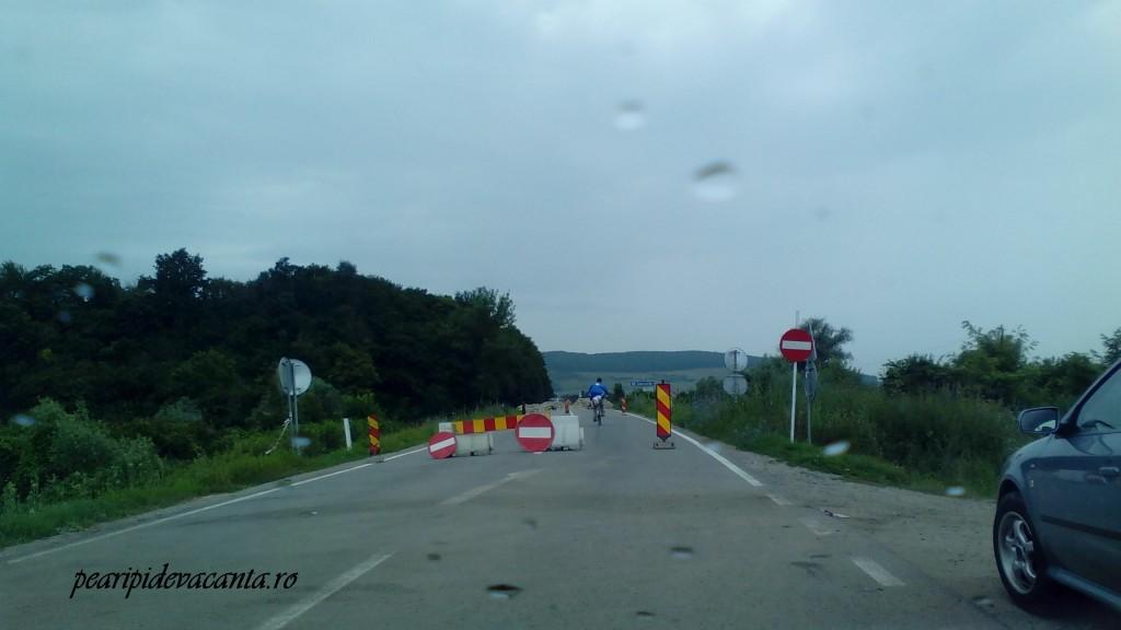 Drum blocat la intrarea in Somesul Mic